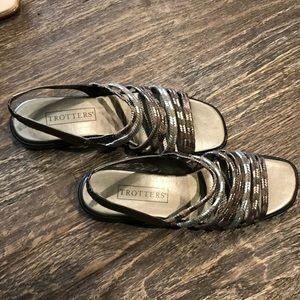 NWOB Trotters Sandal Braided Leather Top S…
